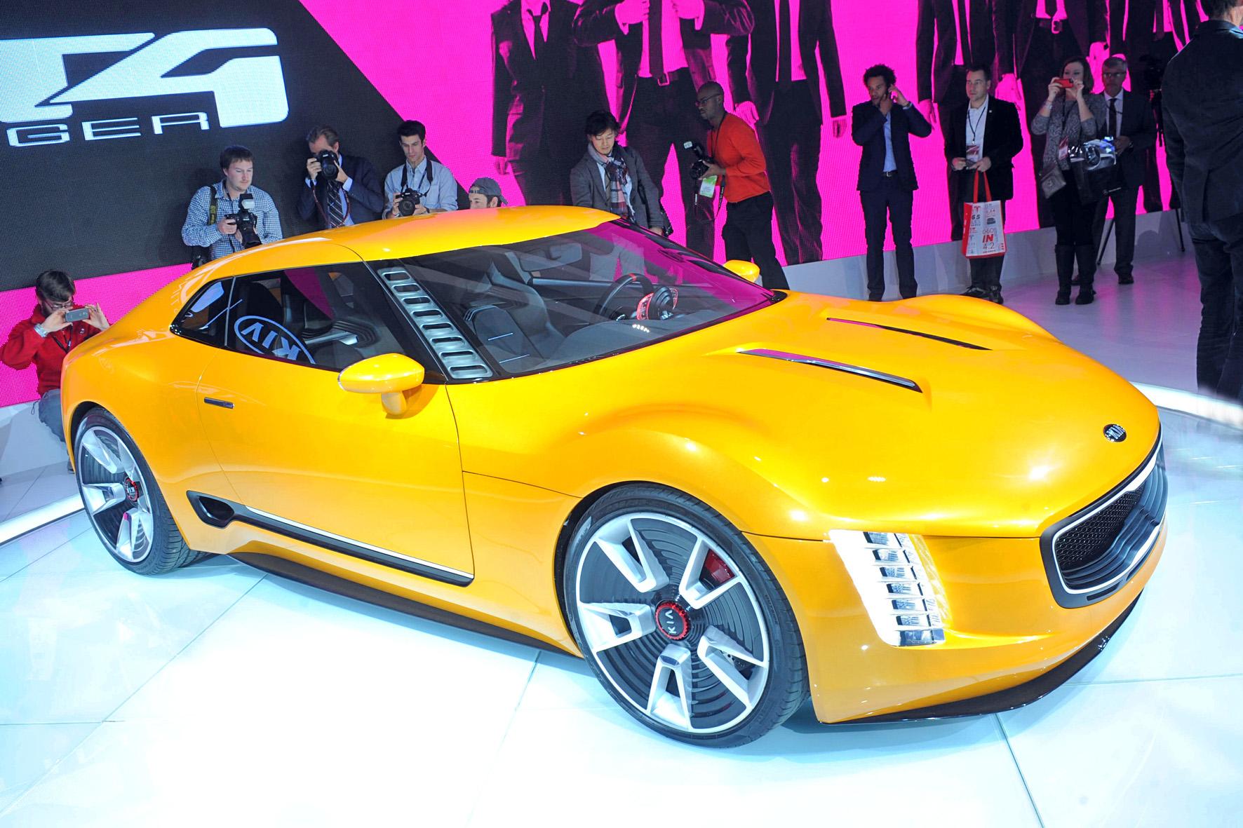 Die Kia-Studie GT4 Stinger auf der Detroiter Autoshow 2014