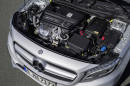 Blick unter die Haube des Mercedes-Benz GLA 45 AMG