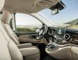 Das Cockpit der neuen Mercedes-Benz V-Klasse wirkt hochwertig