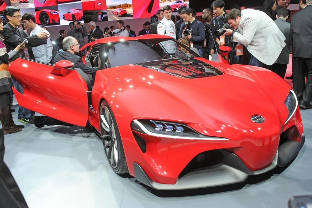 Der FT-1 zeigt Toyotas neue Sportwagen-Designsprache
