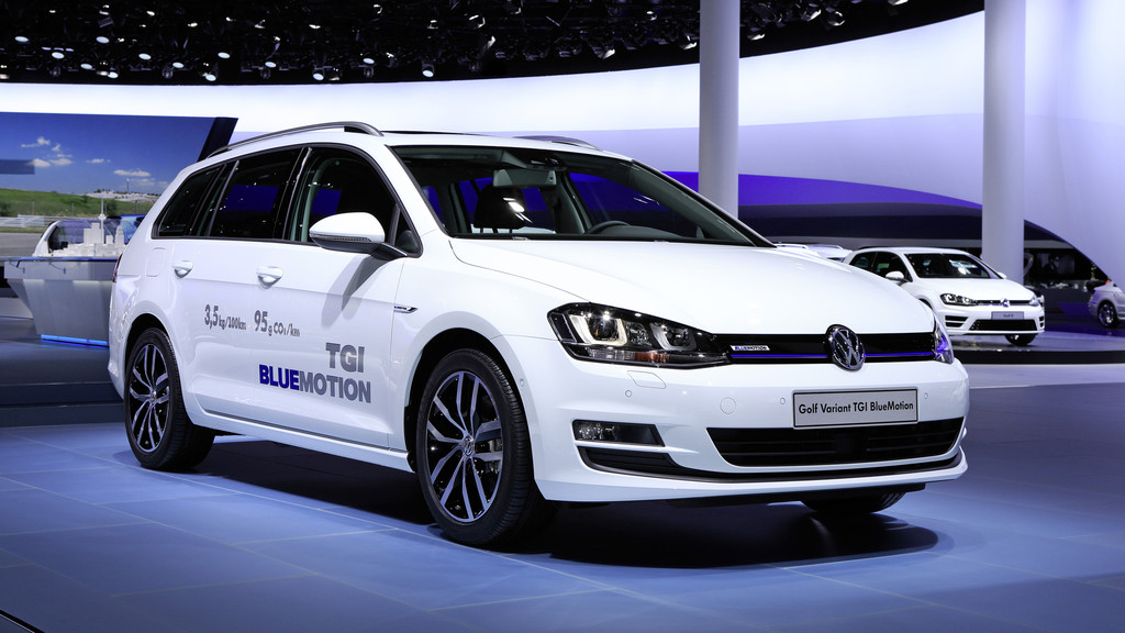 Messevorstellung des VW Golf Variant TGI Blue Motion