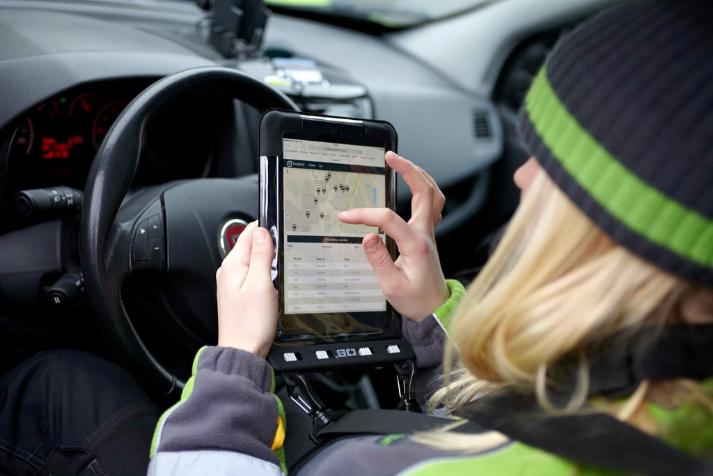 Online-Shopping im Auto (Volvo)