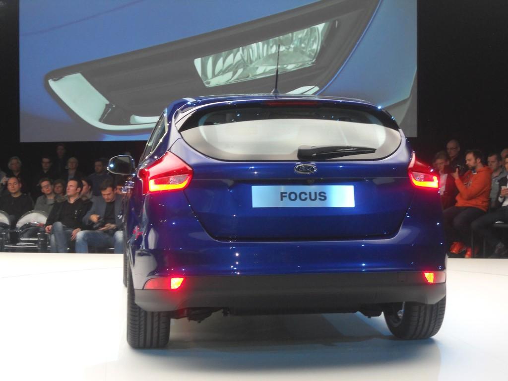 Die Heckpartie des fünftürigen Ford Focus 2014