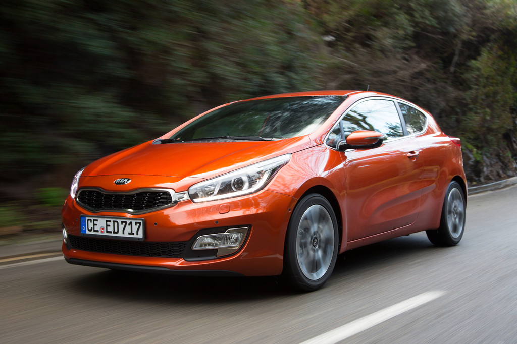 Der 135 PS starke Kia Pro Cee'd 1.6 GDI in orange