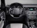 Das Cockpit des Land Rover Discovery Sondermodells XXV
