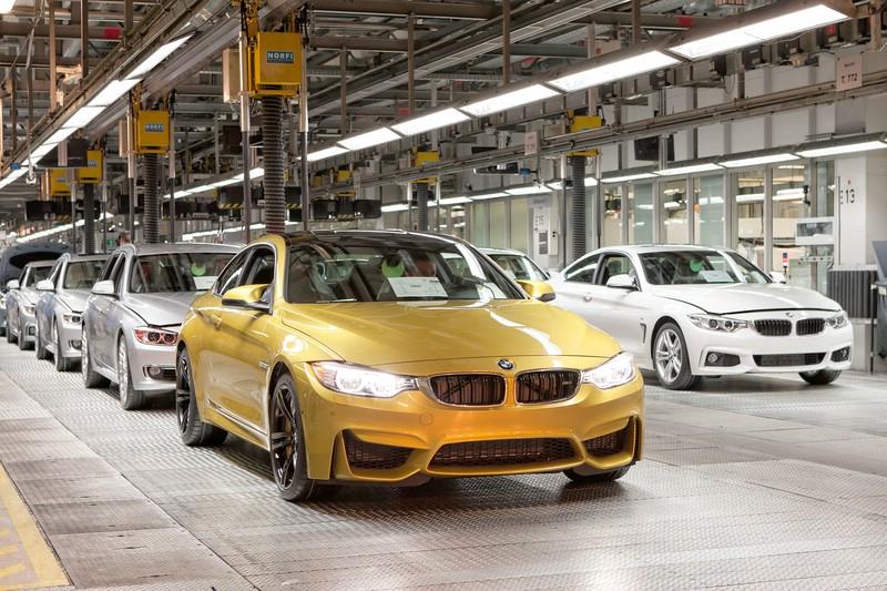 Das neue BMW M4 Coupé läuft in München vom Band