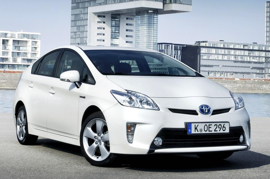 Der Toyota Prius-Hybrid muss in die Werkstatt