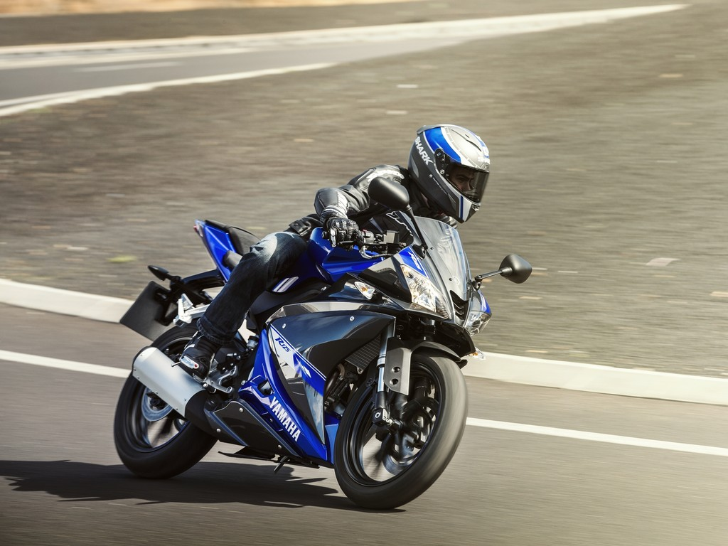 Fahraufnahme von der Yamaha YZF-R 125 2014