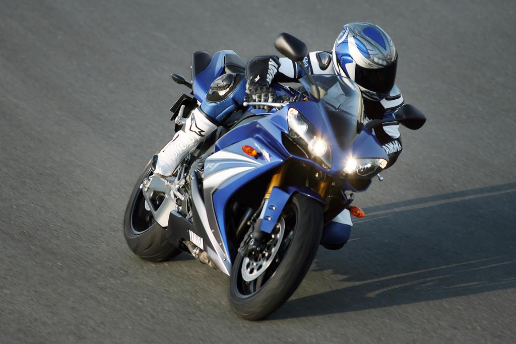 Fahraufnahme von der Yamaha YZF-R1