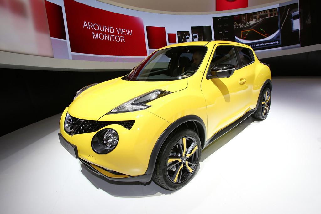 Nissan Juke 2014 in gelb auf dem Genfer Auto-Salon