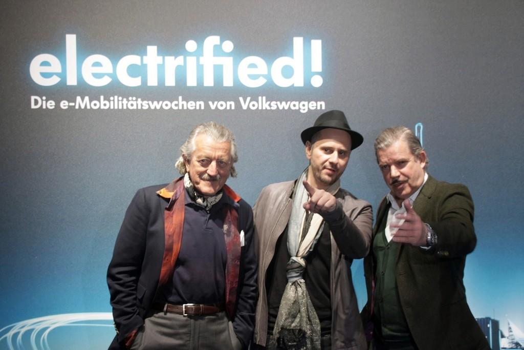 Eröffneten musikmalisch die Elektromobilitätswochen von Volkswagen in Berlin (von links): Dieter Meier, DJ Booka Shade und Boris Blank.