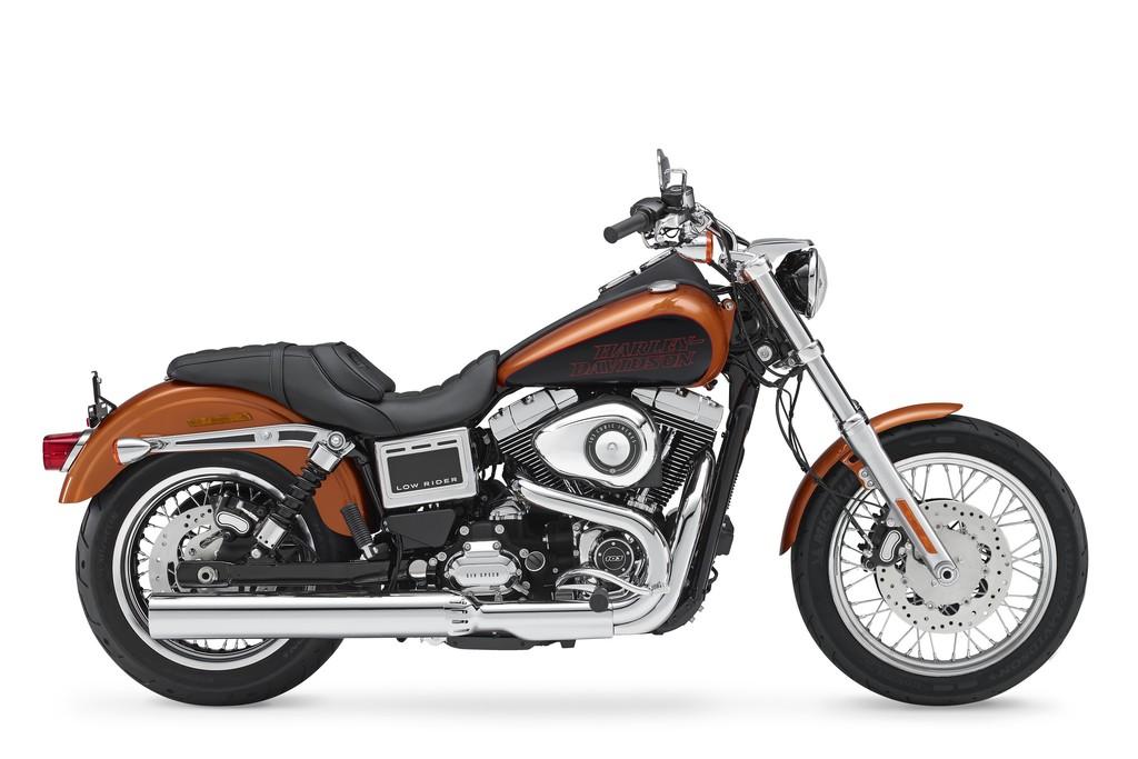 Harley-Davidson Dyna Low Rider 2014 in der Seitenansicht
