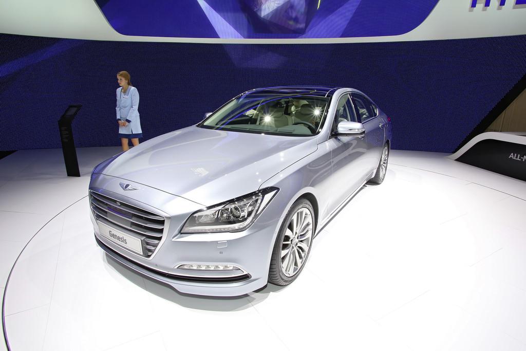 Präsentation des neuen Hyundai Genesis auf dem Genfer Auto-Salon 2014