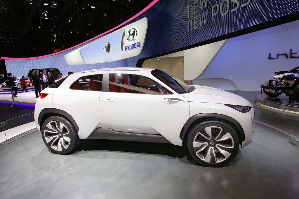 Hyundai präsentiert den Intrado auf Autosalon Genf 2014