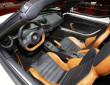 Der Innenraum des Alfa Romeo 4C Spider, Ledersitze zweifarbig