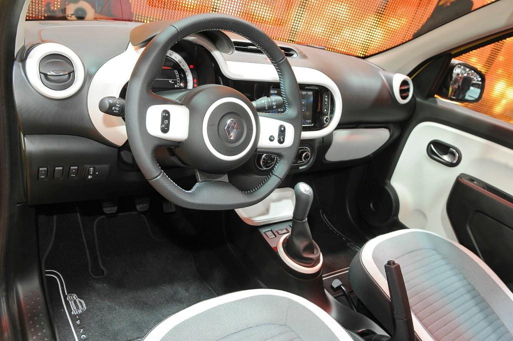 Galerie: Innenraum Renault Twingo 3. Generation | Bilder und Fotos