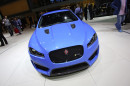 Der Kühlergrill des neuen Sport-Kombis Jaguar XFR-S Sportbrake