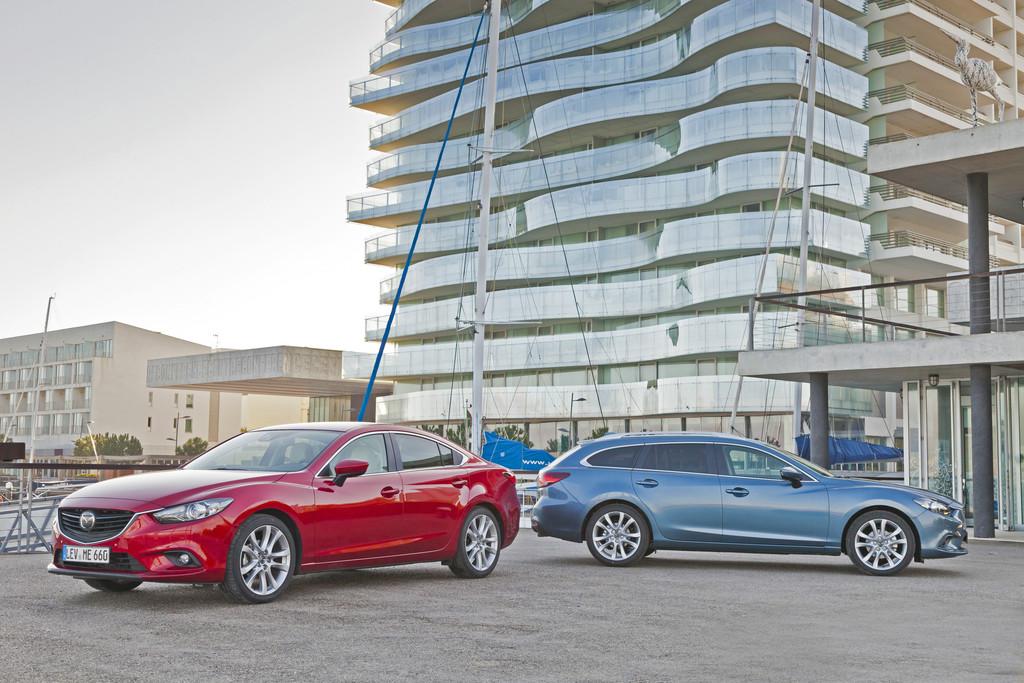 Mittelklassemodell Mazda6 als Limousine und Kombi