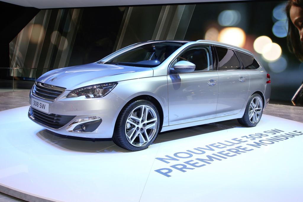 Auf der Automesse Genf zeigt Peugeot seinen neuen Kombi 308 SW