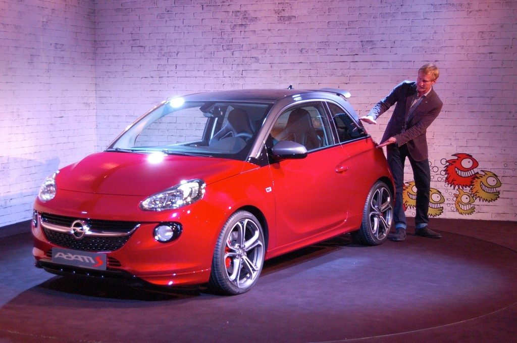Opel Adam S auf dem Genfer Automobil-Salon 2014