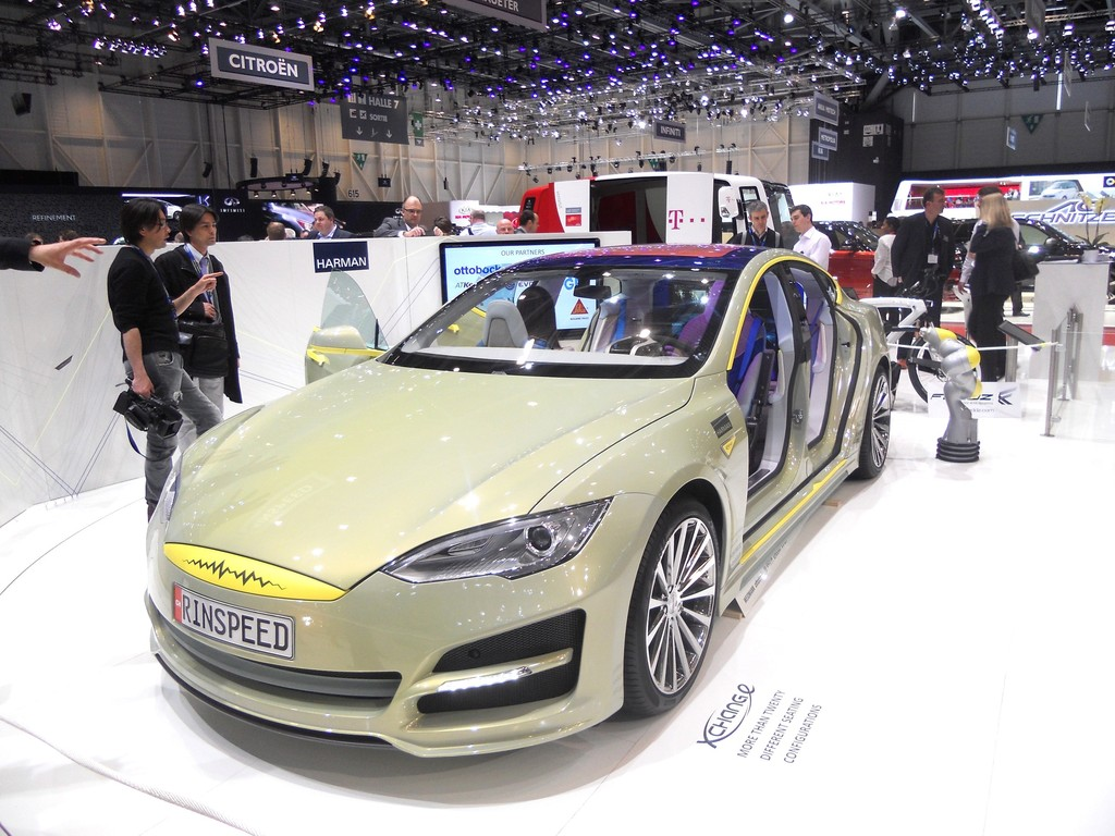 Rinspeed Xchange auf 2014er Genfer Autosalon