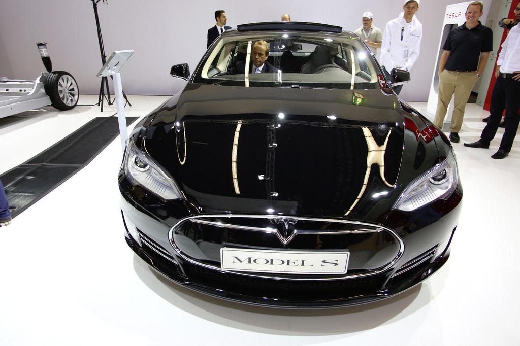 Rein elektrisch fahrbar: Der Tesla Model S