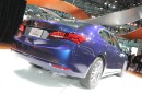 Dunkelblauer Acura TLX Modelljahr 2014 auf New York Motor Show