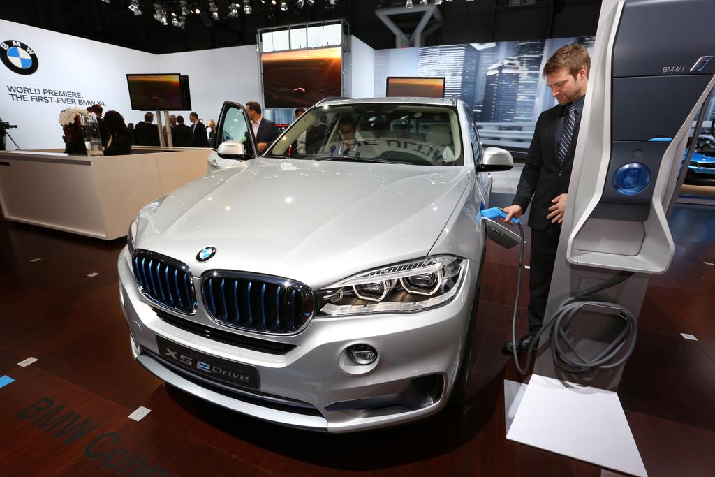 BMW Concept X5 eDrive auf der New York Motor Show 2014