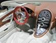 Das luxuriose Interieur des Supersportwagens Bugatti Veyron Black Bess
