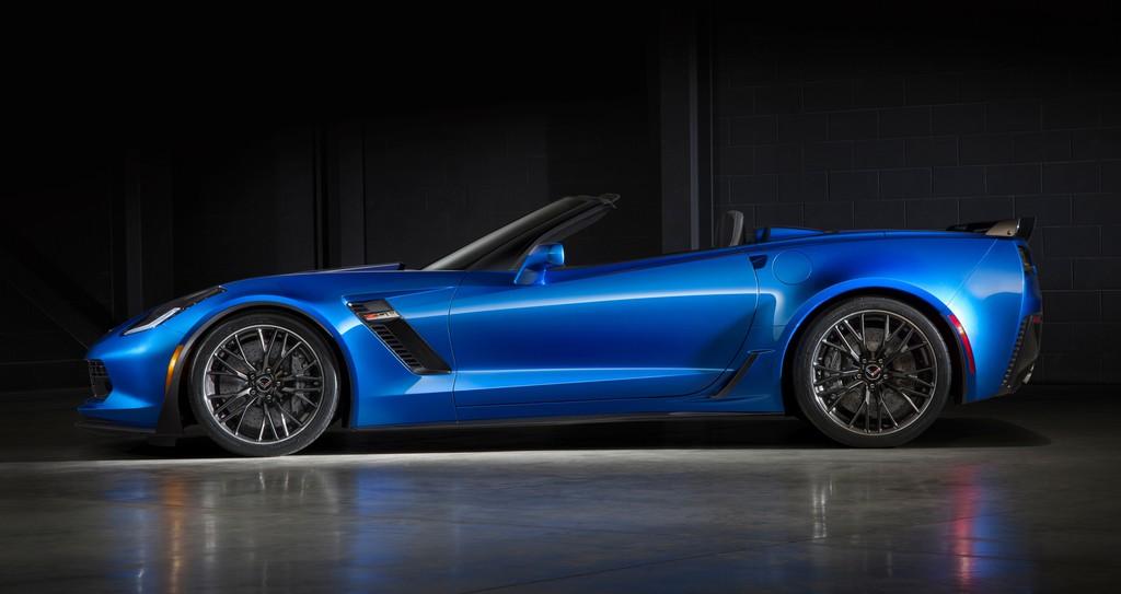 Die Seitenansicht eines 2014er Chevrolet Corvette ZR06 Convertible