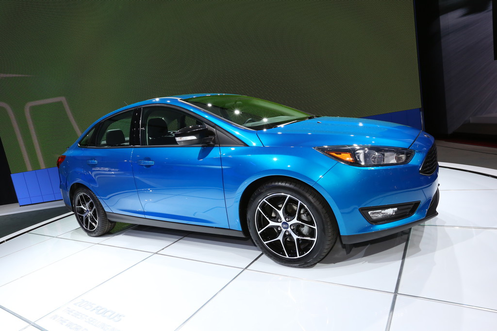 Ford Focus Viertürer Vorstellung auf der New Yorker Automesse 2014
