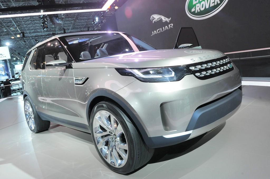 Konzeptauto Land Rover Discovery Vision Concept auf der New York Motor Show 2014