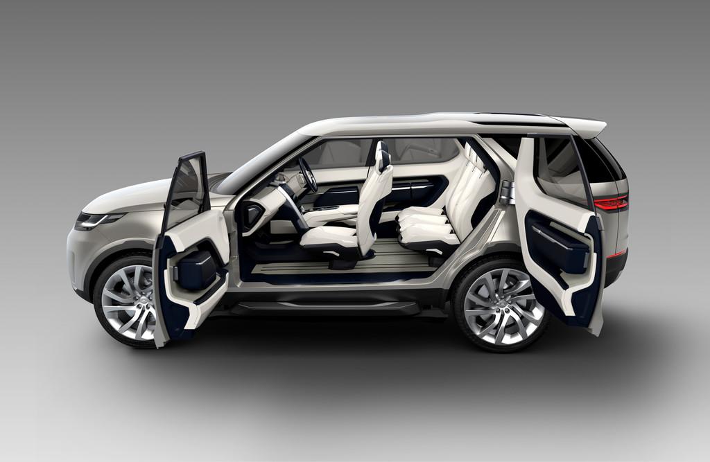 Land Rover Discovery Vision Concept mit geöffneten Türen