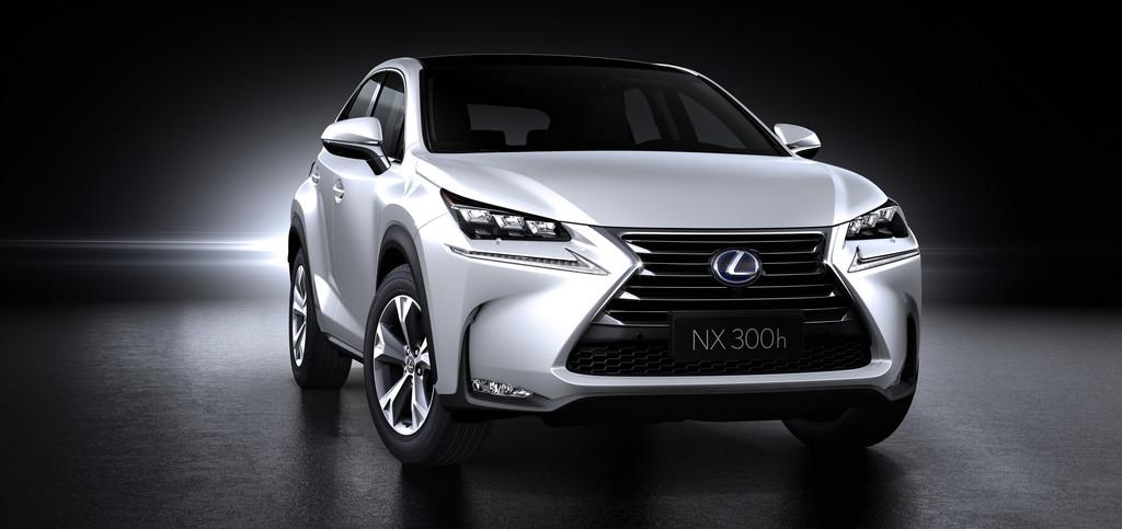Der Kühlergrill des neuen Lexus Kompakt-SUV NX
