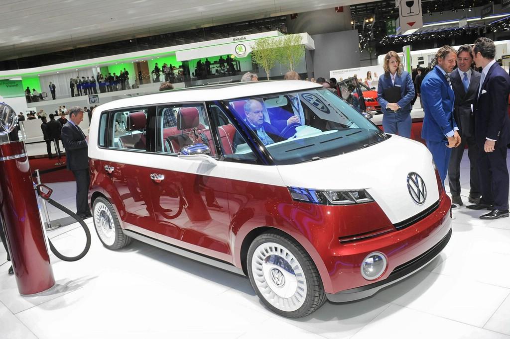 Diese Elektro Klein-Bus Studie stelle VW bereits auf dem Genfer Salon 2011 vor.