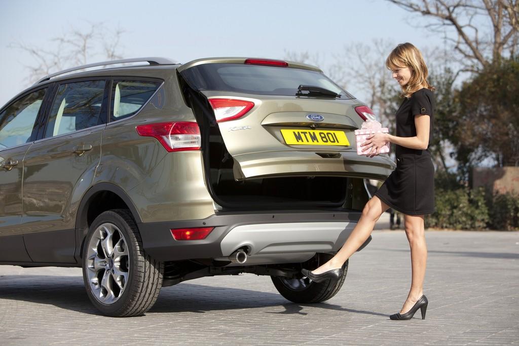 Der aktuelle Ford Kuga ausgestattet mit sensorgesteuerter Heckklappe