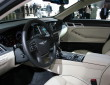 Die Vordersitze der Hyundai Genesis Sportlimousine