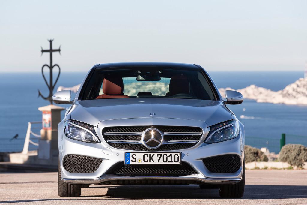2014 Mercedes-Benz C 250 in der Sport-Ausstattung AMG-Line