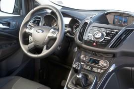 Der Innenraum des 2013-er Ford Kuga