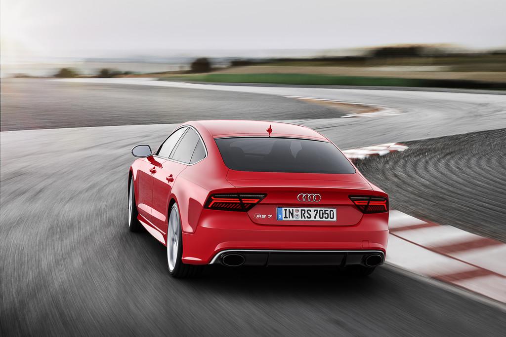 Der sportliche Audi RS7 Sportback 2014 auf der Teststrecke