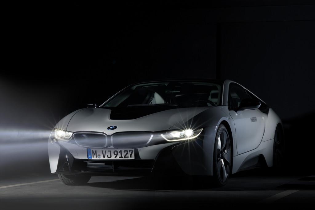 Das Leserlicht des BMW i8