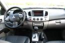 Das Cockpit und die Sitze des Mitsubishi L 200 2,5 DI-D Intense Doppelkabine