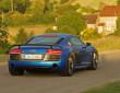Fotoaufnahme von einem Fahrenden Audi R8 LMX