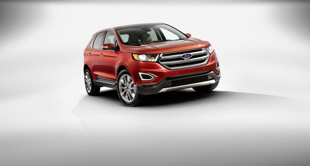 Die Frontpartie des Ford Edge als Titanium