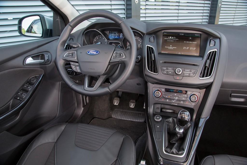 Das Lenkrad im neuen Ford Focus 2014