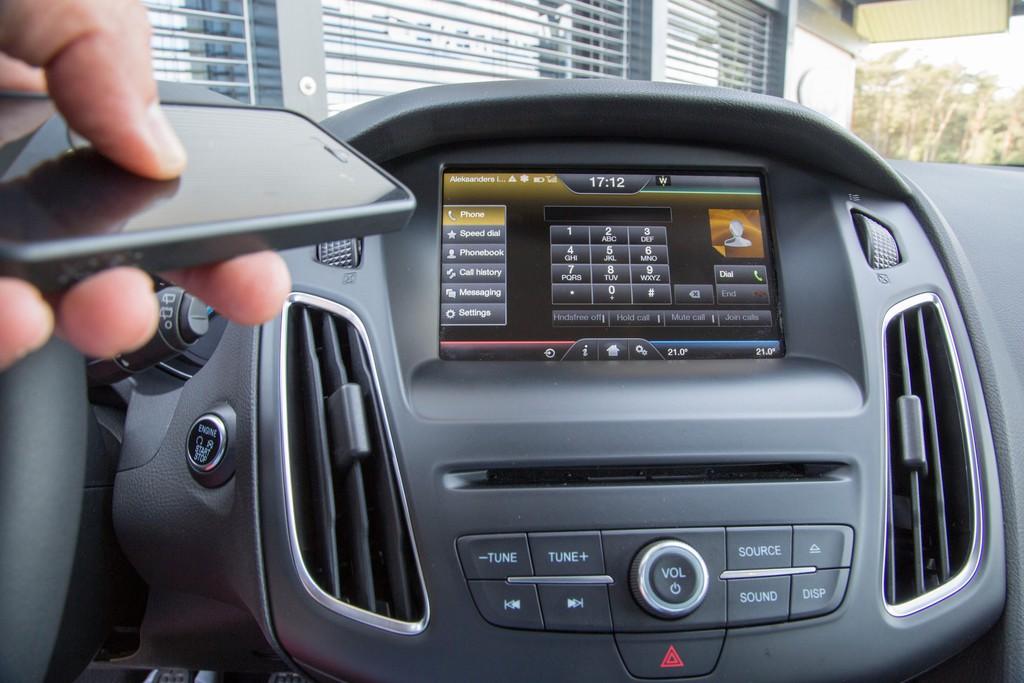 Sync 2 Bildschirm im neuen Ford Focus 2014