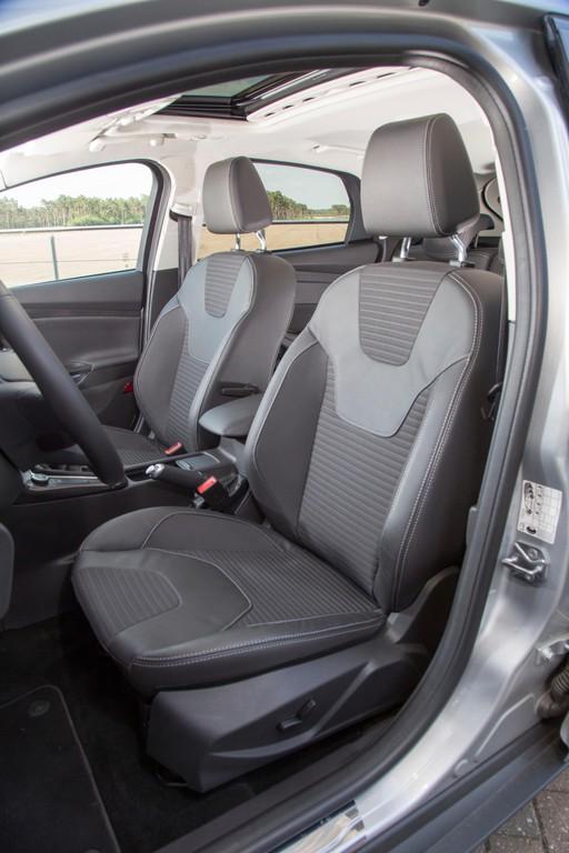 Die Sitze im Ford Focus Facelift-Modell 2014