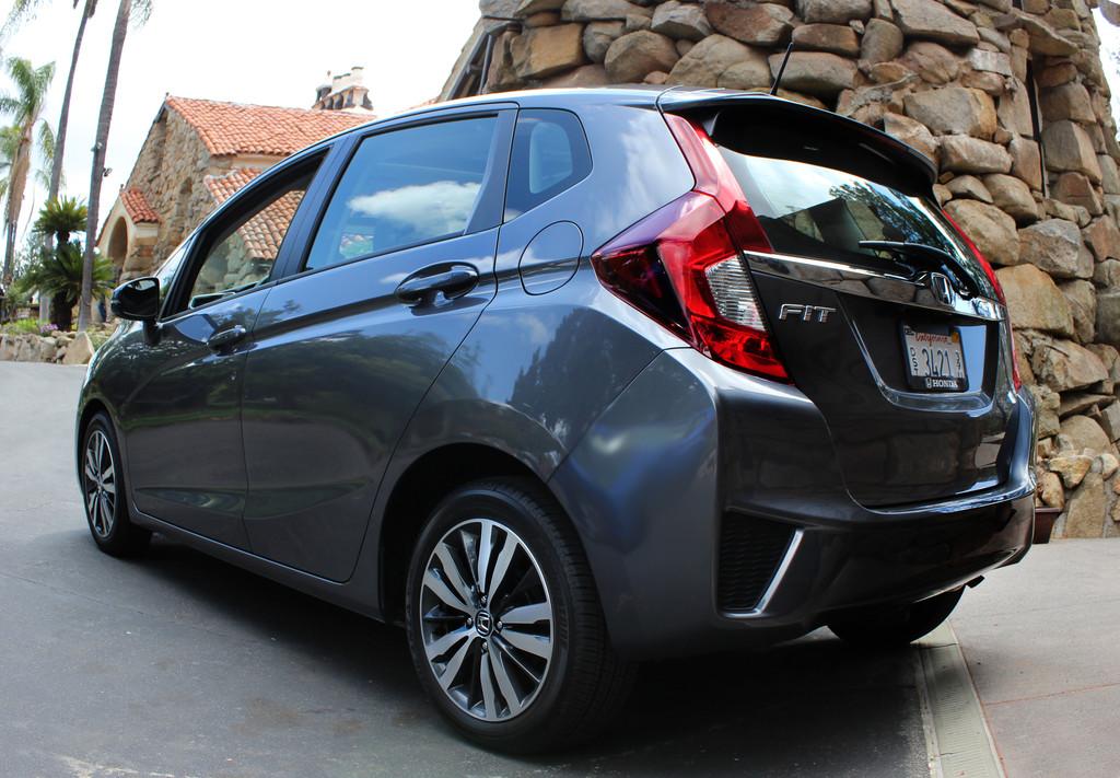 Der Honda Jazz 2015 in dunkler Farbe