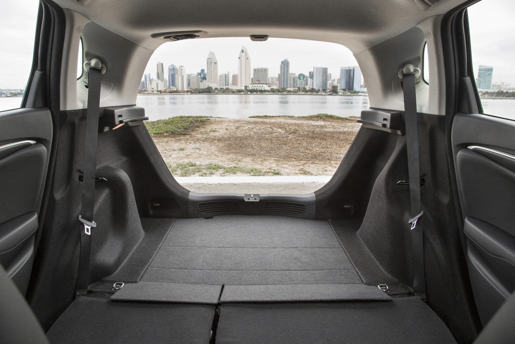 Car With Reclining Rear Seats Hyundai