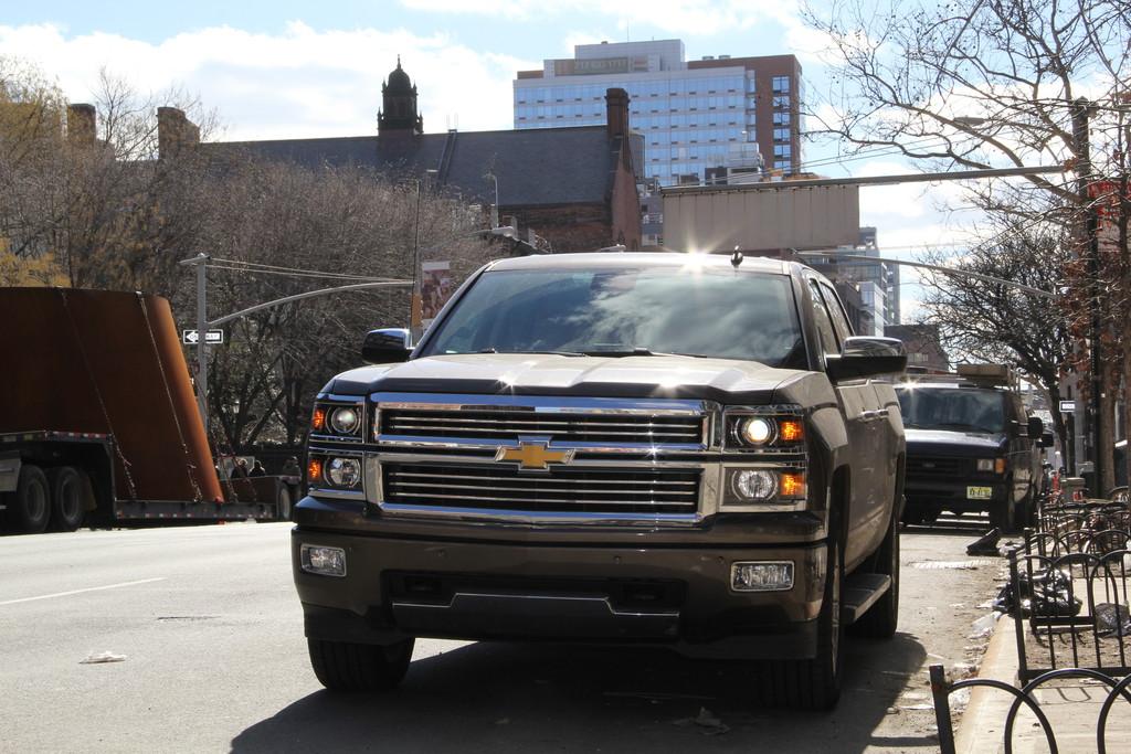 Der Chevrolet Silverado in der Topversion mit einer 6.2 Liter Maschine